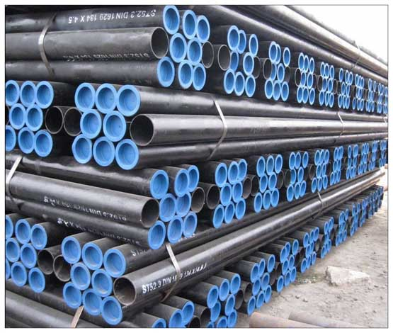 <strong>ASTM A-106 Seamless Steel Pipes</strong>